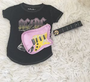 BASIL ELECTRIC GUITAR WRISTLET PURSE for Sale in Poway, CA
