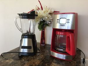 Red Coffee maker and blender for Sale in Silver Spring, MD