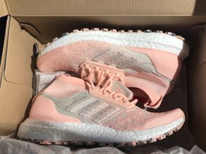 Adidas Ultraboost size 7 for Women for Sale in St. Louis, MO