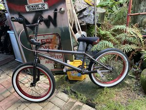 Fit bike well maintained has a little rust but shel do the job for Sale in Kaneohe, HI
