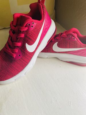 Hot pink NIKE shoes for Sale in Houston, TX
