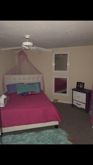 Girls bedroom decor for Sale in Tampa, FL