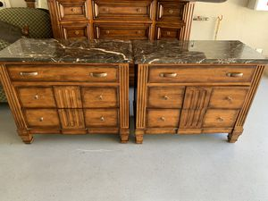 Master Bedroom Set - 1 Queen Bed Frame, 1 Dresser, 2 Nightstands, 1 Mirror, 1 Chair with Ottoman, for Sale in Los Altos, CA