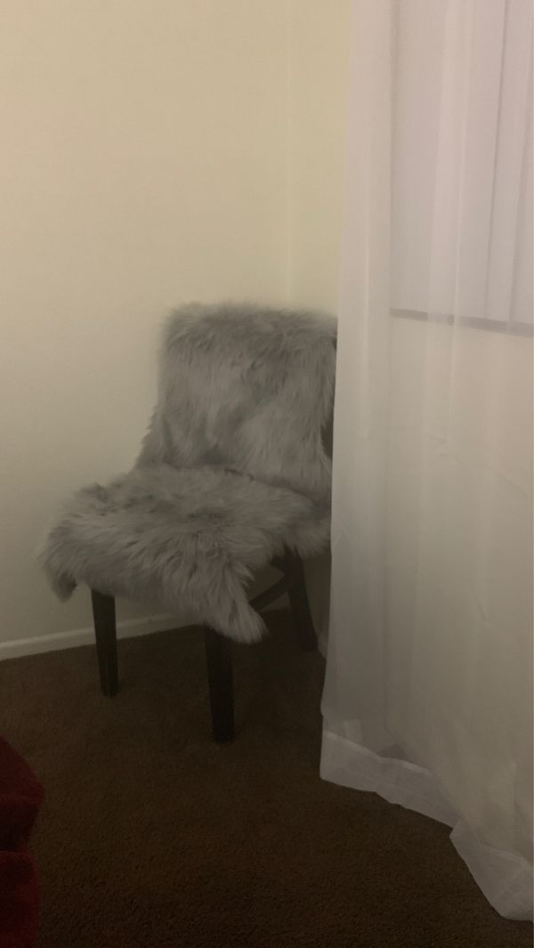 Chair with soft rug seat