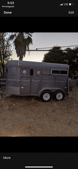 1993 W-W horse trailer for Sale in San Jacinto, CA