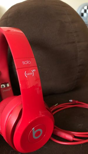 Beats solo (red) PRICE REDUCED for Sale in BETHEL, WA