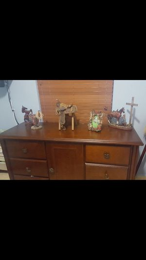 Dresser ( comoda, gavetero ) for Sale in Hialeah, FL