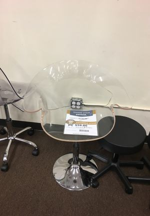 Home office chair with Crome star base and castors for Sale in Victoria, TX