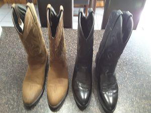 Very Gently Used Mens 9D Boots for Sale in Seminole, FL