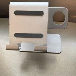iPhone/Apple Watch Stand Holder for Sale in South Gate,  CA