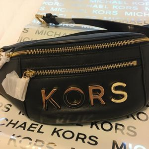 New Authentic Michael Kors Waist Bag Fanny Pack Special Edition for Sale in Paramount, CA