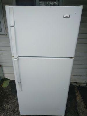 Refrigerator for Sale in Bolingbrook, IL