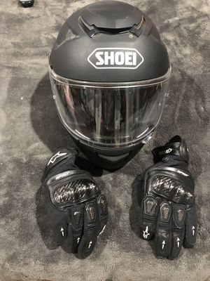 Shoei gt-air street motorcycle helmet with alpine star gloves for Sale in Pacifica, CA