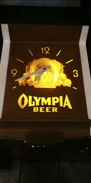 Antique Olympia Beer clock for Sale in St. Louis, MO