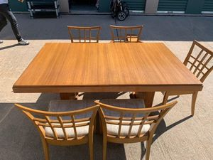 Wood dining table w/ 5 chairs for Sale in Plano, TX