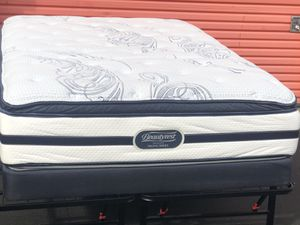 Full size mattress and box springs Beutyrest for Sale in Pinole, CA