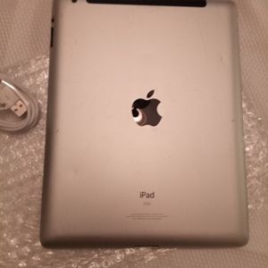 Ipad 2 Cellular 64gb for Sale in Bloomington, CA