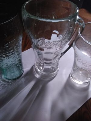 """COCA COLA GLASSES """"COLLECTABLE"""" CHRISTMAS for Sale in Tampa, FL"""