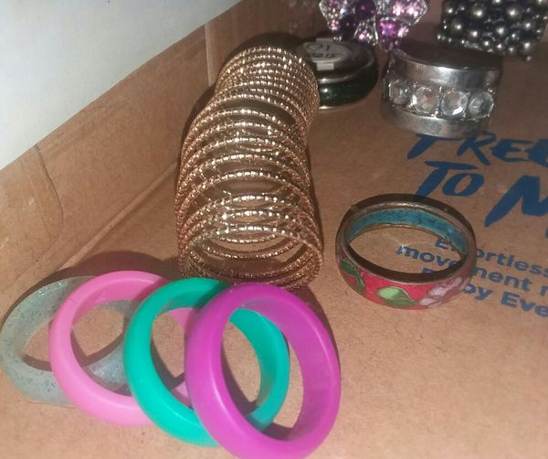 Ladies rings most are new or in EUC