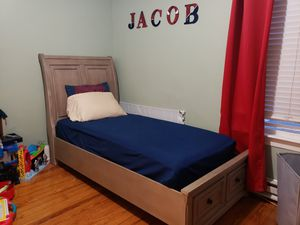 Twin bed for Sale in Central Falls, RI