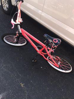 Razor Angel Pink Bicycle for Sale in Manassas,  VA