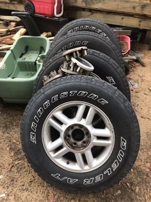Wheel and tires 265 70 17 for Sale in US