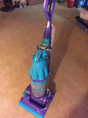 Used Dyson vacuum for Sale in Phoenix, AZ