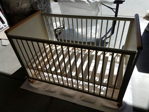 Baby Crib for Sale in Phoenix, AZ