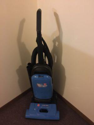 Vacuum Hoover for Sale in Bloomingdale, IL