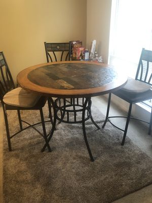 Dining Room Table for Sale in Gahanna, OH