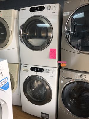 Samsung white stackable washer and dryer set for Sale in Woodbridge, VA