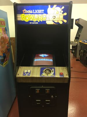 Coors Light (Capcom) Bowling Arcade Game for Sale in Tyrone, GA