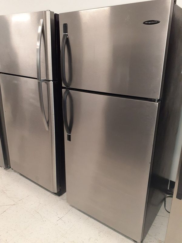 """Frigidaire 33""""wide stainless steel refrigerator in excellent condition with 90 days warranty"""