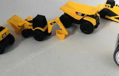 Mini Construction Trucks & Diggers Set for Sale in Seattle,  WA