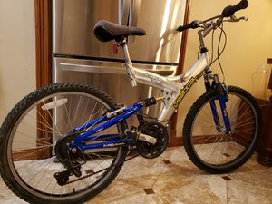 """24"""" 21 speed MTB aluminum bike bicycle for Sale in Barrington, IL"""