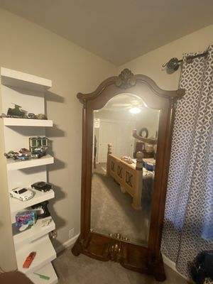 Large full body mirror for Sale in Madera, CA
