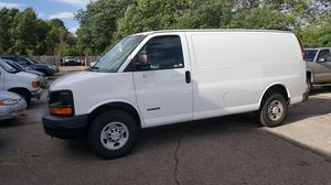 Chevy Express 2500 for Sale in Akron, OH