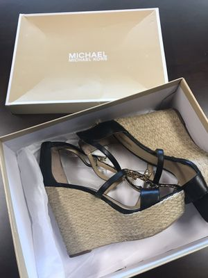 Michael Kors Suki Wedge Ladies Shoes for Sale in Lake Forest, CA