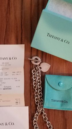 Tiffany Toggle Necklace for Sale in Menifee,  CA