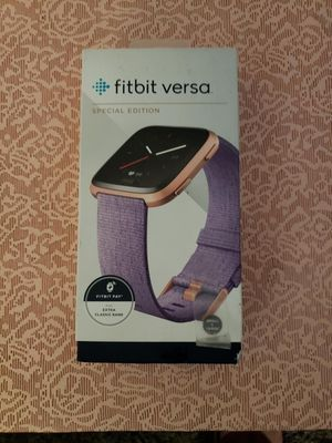 Fitbit Versa Special Edition in Rose Gold-Lavender for Sale in St. Peters, MO