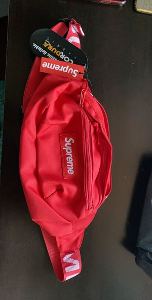 Red supreme fanny pack for Sale in Las Vegas, NV