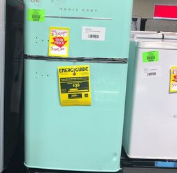 Magic Chef 3.2 Cu. Mini Fridge Hmcr320me QVZ0 for Sale in Fort Worth,  TX