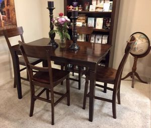 Beautiful Counter Height Dining Set With 4 Hardwood Chairs for Sale in Carlsbad, CA