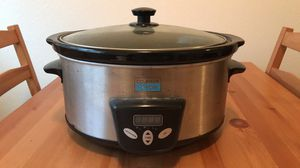 Counter cook crock pot for Sale in Saint Paul, OR