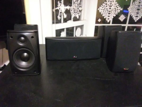 Polk Audio 5 speakers surround sound bundle $150