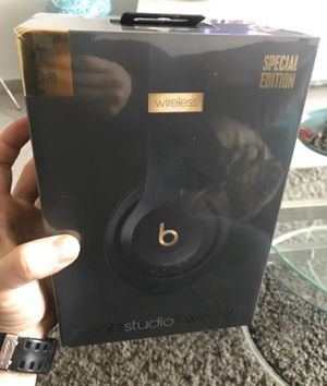 Beats studio 3 wireless special edition black for Sale in Brooklyn, NY