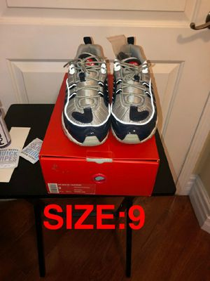 NIKE AIR MAX 98/SUPREME for Sale in Bell, CA