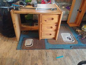 Kids desk.. for Sale in Colton, CA