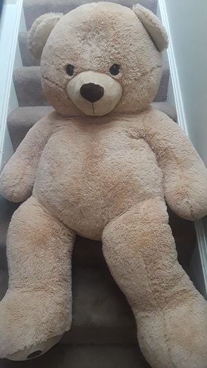 Giant Stuffed Tan Teddy Bear for Sale in Plainfield, IL