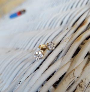 (PRICE DROP) 1/2 carat vvs diamond earrings in 10k yellow gold for Sale in Dallas, TX